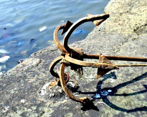 Anchor on rock